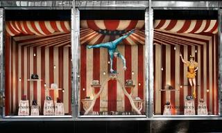 Tod's打造名導費里尼的馬戲團世界&Hermès紙制城堡
